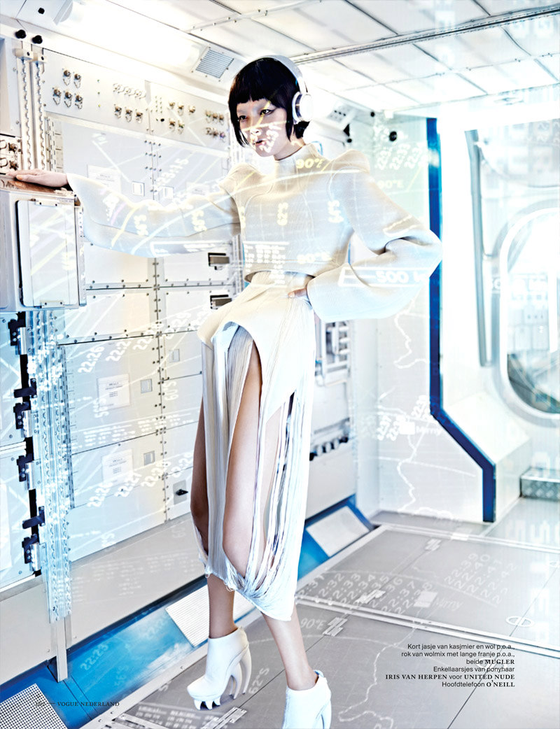 Shenzhou07 Grace Guozhi is a Vision of the Future in Vogue Netherlands September 2012 by Marc de Groot