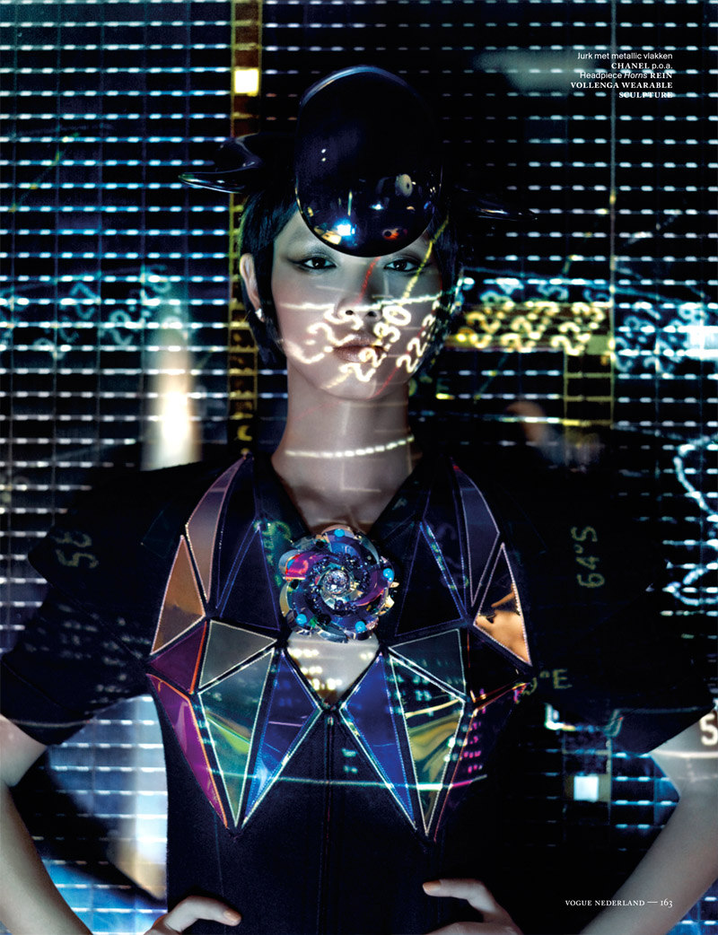 Shenzhou08 Grace Guozhi is a Vision of the Future in Vogue Netherlands September 2012 by Marc de Groot