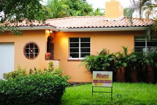 new home, home owners, first time home owners, fixer upper, curb appeal, 1938, miami, spanish influence
