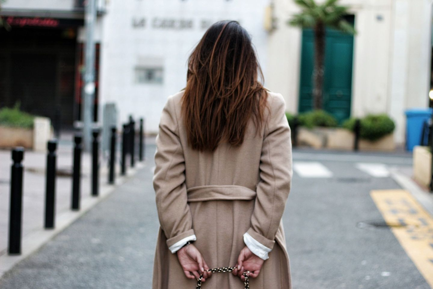 manteau camel, camel, sac inspi chanel, manteau h&m, zara, sheinside, pantalon simili cuir, pantalon simili zara, the green ananas, blogueuse mode, fashion blogger, chemise leopard, leopard