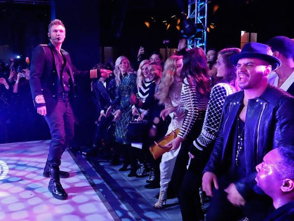 Check out video of @BackstreetBoys secretly rocking a NYC fashion show and @TaylorSwift13's squad fangirling