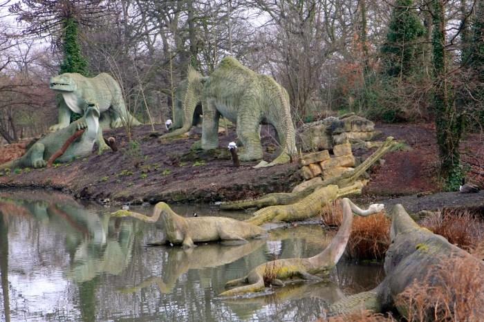 Parc de Sydenham, statues de dinosaures de 1854 (photo AG 2009).