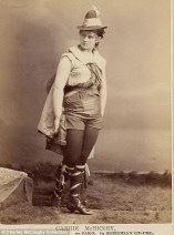 Vintage burlesque photos from the 1890s (10)