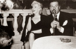 Marilyn Monroe & Laurence Olivier at a Press Conference at the Plaza Hotel, (11)