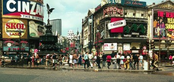 Photographs of life in London in the 60's (5)