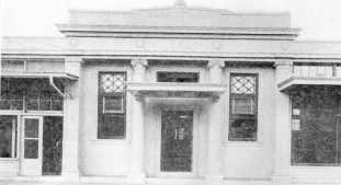 31-Bank_Building