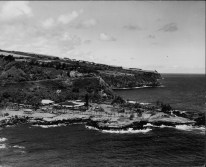 Aerial view of Laupahoehoe-PP-30-2-013-after_1946