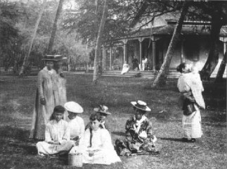 Bishops-residence-at-Waikiki-where-Pauahi-spent-a-few-months-resting-in-the-late-summer-of-1884
