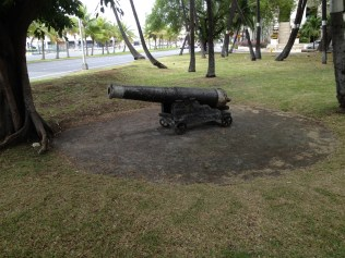 Canon from Honolulu Fort (Kekuanohu) (1816) which was demolished 1857.