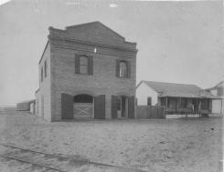 Customs house-Kahului-1883