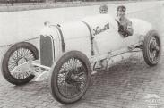 Eddie_Rickenbacker_-_Maxwell_-_Indianapolis_500-1916