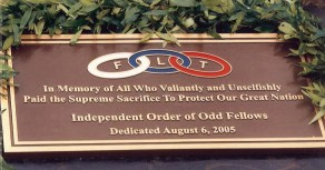 Excelsior_Lodge_No_1_Independent_Order_of_Odd_Fellows-Hawaii-Plaque_at_National_Memorial_Cemetery_of_the_Pacific-08-06-05