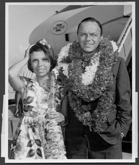 Frank Sinatra-carnation