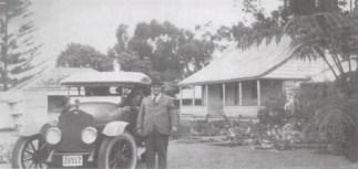 Frank_Wood_at_Mana,_1923