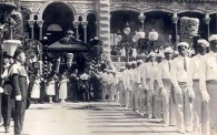 Funeral_Procession_of_Liliuokalani_-_Leaving_Iolani_Palace
