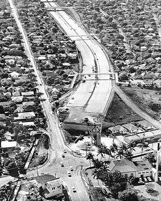 H-1 Freeway ending at Kapahulu and Harding Avenues on-off-ramps to Kapahulu and Harding Avenues-1965