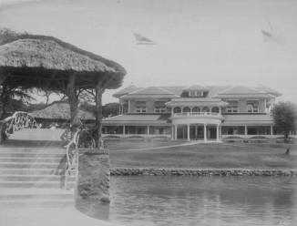 Haleiwa_Hotel-from rail