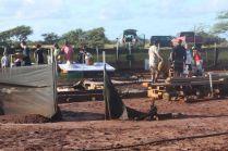 Hanapepe-Salt-Lots-of-Helping-Hands-Protecting-Paakai-Farming