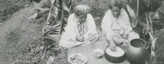 Hawaiian women eating poi, photo by J.A. Gonsalves-(BishopMuseum)-ca. 1920