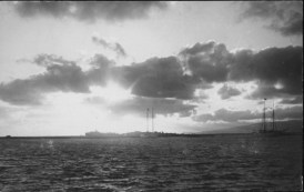 Honolulu Harbor-light-quarantine station-PP-40-3-008
