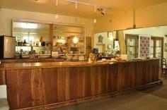Hotel-Honokaa-Club-bar