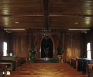 Imiola_Church_interrior,_Waimea,_Hawaii