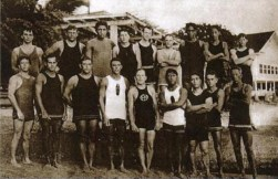 Kahanamoku_and_the_Hui_Nalu_Club