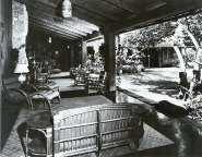 Kalama_Beach_Park-Covered lanai and courtyard-Boettcher Estate-c. 1950-Ossipoff