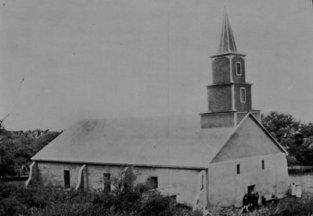 Kalauaaha-Congregational-Church-MissionHouses