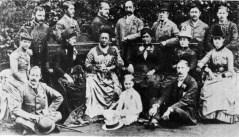 Kapiolani_and_Liliuokalani_at_the_Stewart_Estate,_England_1887