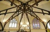 Kaumakapili_Church-wooden_trusses-(masonarch-com)