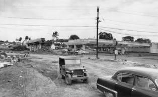 Keeaumoku Street overpass on April 14 1960