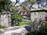 Kualii-Manoa Rd-2859-gateposts-WC