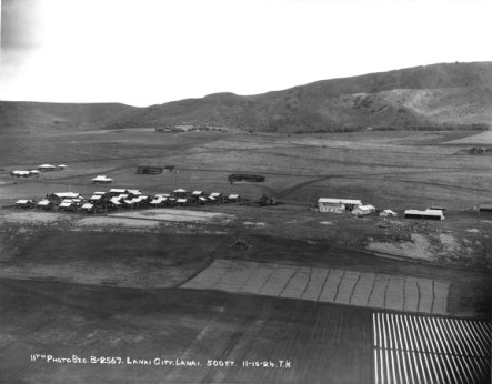 Lanai_City_under_Development-(LanaiCHC)-1924