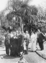 Liliuokalani_and_hanai_sons_ Joseph Kaiponohea ʻAeʻa (left) and John Aimoku Dominis (right) with_group_(PP-98-13-013)