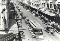 Looking Ewa on King Street at the Fort Street intersection 1930s