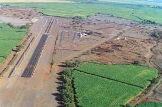 Maui_Raceway_Park-former_site_of_Maui_Airport_(Pu'unene)