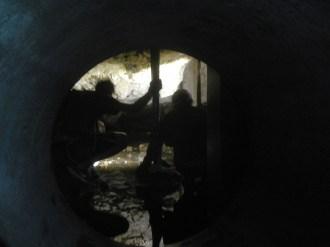 Moiliili-Karst_entry-pipe