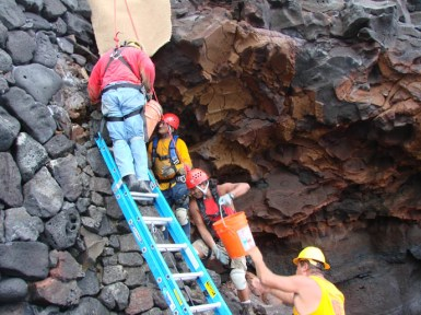 NPS Masons stabilize the Alahaka Ramp