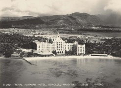 Royal_Hawaiian_Hotel-Aerial-December 5, 1928
