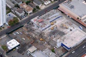 Schuman Carriage-Beretania-demolition