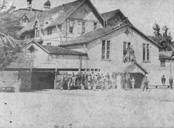 St._Matthews_Military_Academy,_San_Mateo,_California,_in_the_1880s
