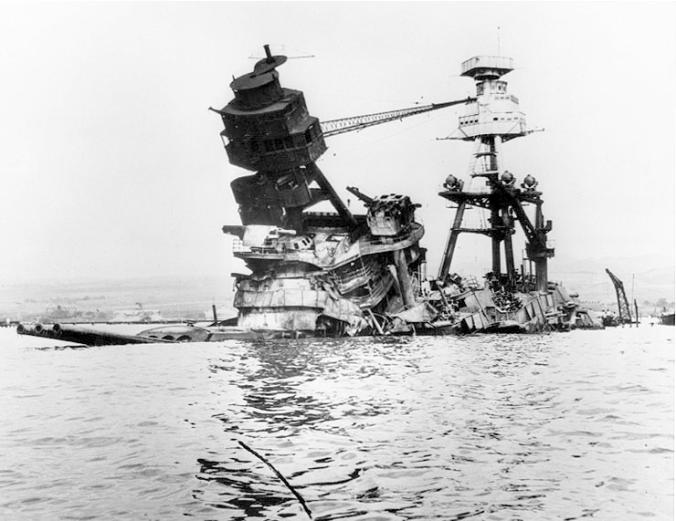 USS_Arizona-Pearl_Harbor