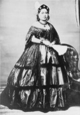 Victoria_Kamamalu,_photograph_by_Charles_L._Weed-1865