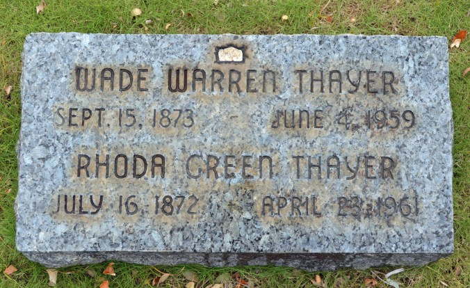 Wade_Warren_Thayer-gravestone