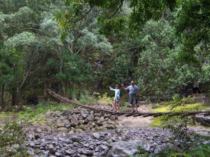 Waihee River_crossing-Derderian