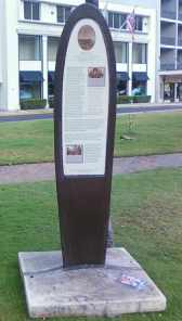 Waikiki_Historic_Trail-interpretive sign