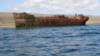 YOGN-42_Shipwreck Beach
