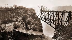victoria-falls-bridge