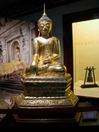 Gold Buddha, Singapore
